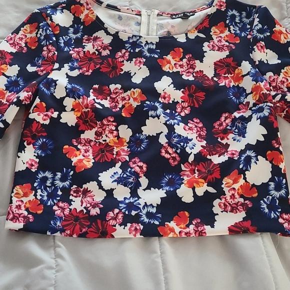 Express Floral crop top half shirt